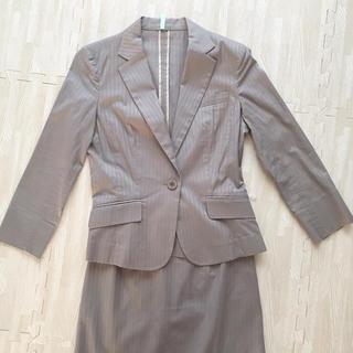 アールユー(RU)の【美品】RU(アールユー)レディーススーツ ジャケットスカートセット サイズ1(スーツ)