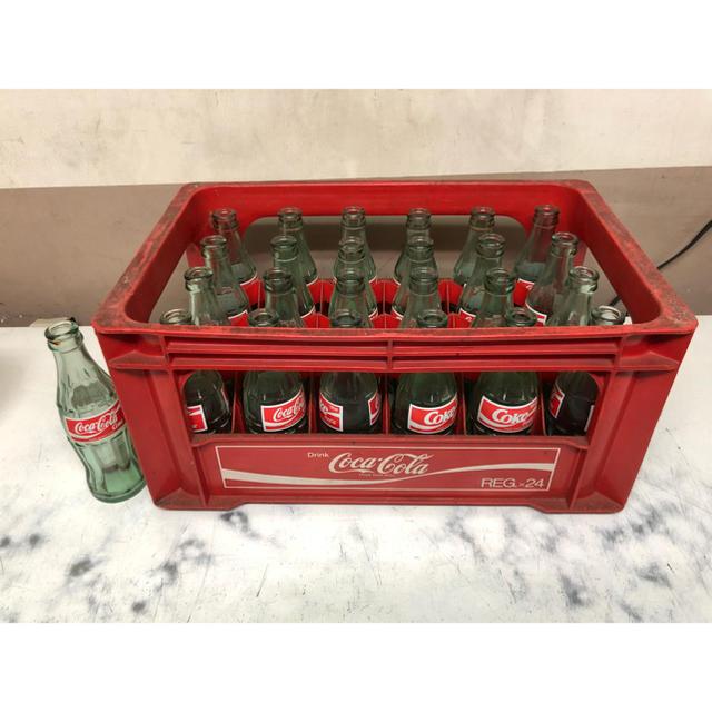 コカ・コーラ(コカコーラ)のレトロ コカコーラ 旧ラベル 空き瓶 空瓶 インテリア/住まい/日用品のキッチン/食器(容器)の商品写真
