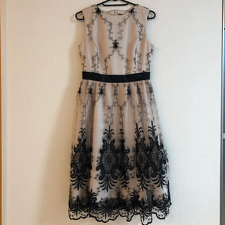 グレースコンチネンタル(GRACE CONTINENTAL)のグレースコンチネンタル ドレス(ひざ丈ワンピース)