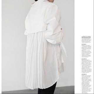 アメリヴィンテージ(Ameri VINTAGE)のバックプリーツシャツ(シャツ/ブラウス(長袖/七分))