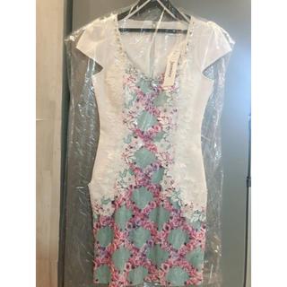 ジャスミン(ジャスミン)の新品 ハンガー付き ジャスミン キャバドレス  S 花柄 (ナイトドレス)