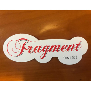 FRAGMENT - sacai × fragment ステッカー