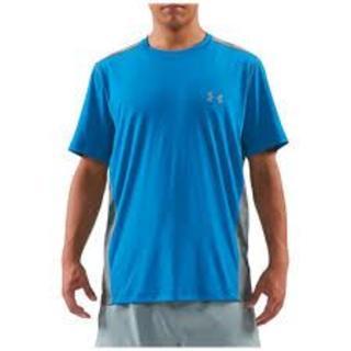 アンダーアーマー(UNDER ARMOUR)の Under ArmourUAアーマーベントHG 半袖シャツ(Tシャツ/カットソー(半袖/袖なし))