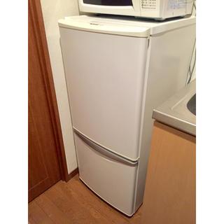 パナソニック(Panasonic)の【直接引き取りの方3000円】 2007年製 Natinal 135L冷蔵庫(冷蔵庫)