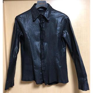 イサムカタヤマバックラッシュ(ISAMUKATAYAMA BACKLASH)のバックラッシュ定12万イタリーホース製品染めレザーシャツ黒M(レザージャケット)
