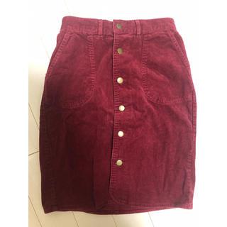 エージープラス(a.g.plus)の赤コーデュロイ 前開きスカート(ひざ丈スカート)