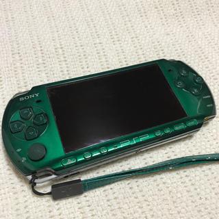 ソニー(SONY)のPSP 本体とストラップセット スピリティッドグリーン(携帯用ゲーム本体)