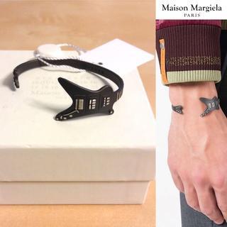 マルタンマルジェラ(Maison Martin Margiela)の新品■定価6.8万■マルジェラ 17aw■ギターモチーフブレスレット■5427(ブレスレット)