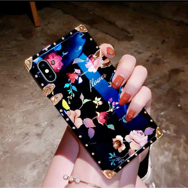 tory iphonexs カバー バンパー | 花柄 花模様 iPhoneケースの通販 by Nshop|ラクマ