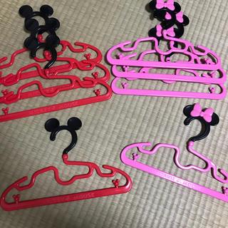 ディズニー(Disney)のミッキー ミニー ハンガー 子供用 8本(押し入れ収納/ハンガー)