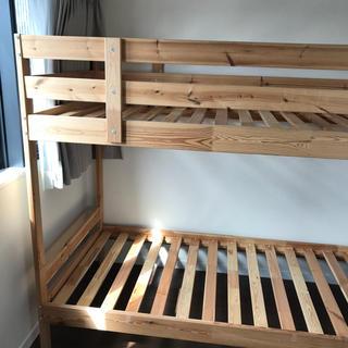 イケア(IKEA)のMYDAL ミーダル 2段ベッドフレーム、マットレス 90x200(ロフトベッド/システムベッド)