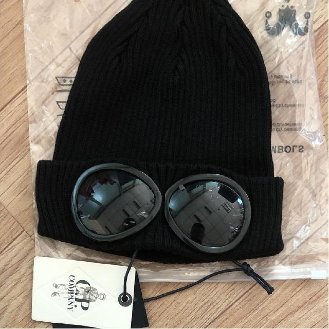 C.P. Company(シーピーカンパニー)のCPカンパニー ゴーグル ニット キャップ ビーニー メンズの帽子(ニット帽/ビーニー)の商品写真