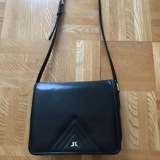 コシノジュンコ(JUNKO KOSHINO)のショルダーバック 黒(ショルダーバッグ)