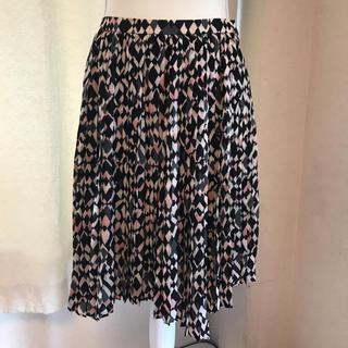 ダナキャラン(Donna Karan)の美品DKNYのシルクプリーツスカート サイズ2でM(ひざ丈スカート)