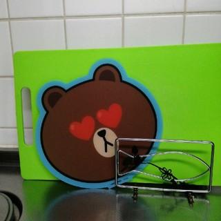 サントリー(サントリー)のLINE  FRIENDS ブラウンオリジナルカッティングボード3種(調理道具/製菓道具)