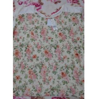 シマムラ(しまむら)の花柄半袖Tシャツ(Tシャツ(半袖/袖なし))