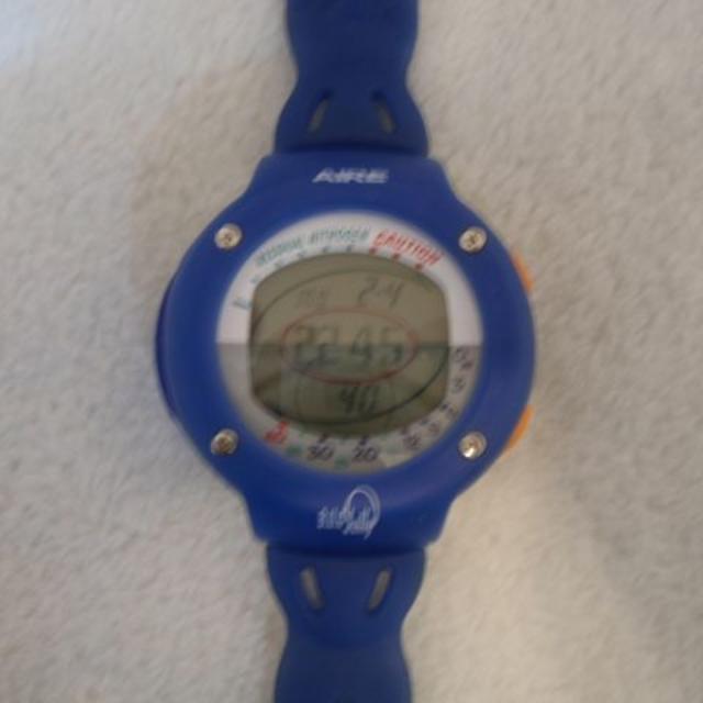 SCUBAPRO(スキューバプロ)のダイビングコンピュータAIRE B.U.G Jelly (SPRO GUMI) スポーツ/アウトドアのスポーツ/アウトドア その他(マリン/スイミング)の商品写真