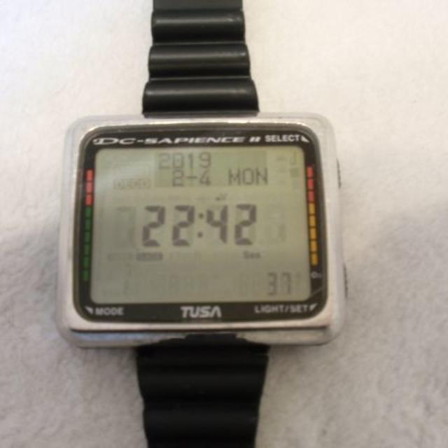 TUSA(ツサ)のダイビングコンピュータ TUSA IQ-850 スポーツ/アウトドアのスポーツ/アウトドア その他(マリン/スイミング)の商品写真