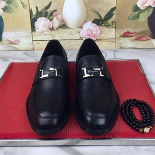 Salvatore Ferragamo ビジネスシューズ 革靴 牛革 メンズ