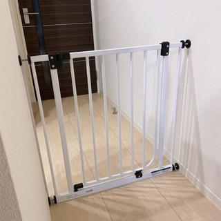 日本育児✧ベビーゲート✧美品(ベビーフェンス/ゲート)