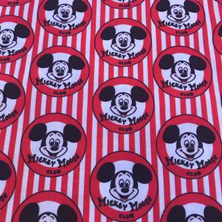 ディズニー(Disney)のミッキー  プリント生地 生地626(生地/糸)