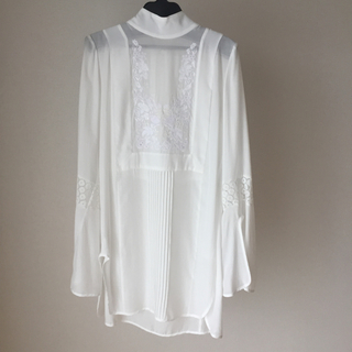 mame - mame Botanical Embroidery Blouse - white