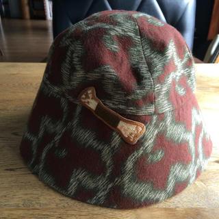 ヴィヴィアンウエストウッド(Vivienne Westwood)のヴィヴィアン レオパード 帽子(キャップ)