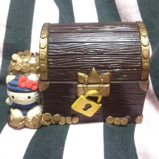 ハローキティ(ハローキティ)の★送料無料★HELLO KITTY海賊の宝箱の小物入れ☆(キャラクターグッズ)