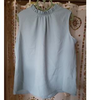 ジーユー(GU)の新品GU🖤襟フリルノースリーブブラウス(シャツ/ブラウス(半袖/袖なし))