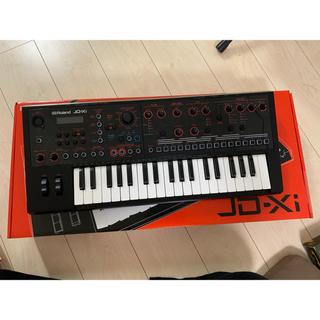 ローランド(Roland)のJD-Xi(キーボード/シンセサイザー)