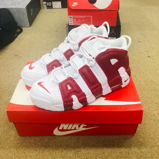 NIKE - air more uptempo white/red