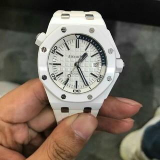 オーデマピゲ(AUDEMARS PIGUET)のオーデマピゲ ロイヤルオーク オフショア ダイバー 腕時計(腕時計(アナログ))