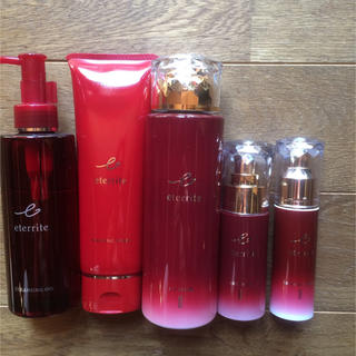 シャルレ(シャルレ)の新エタリテリニューアル化粧品5点セット(化粧水 / ローション)