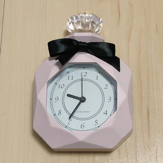 フランフラン(Francfranc)の早い者勝ち 置き時計 パフューム風 リボン ピンク ブラック 動作確認済み(置時計)