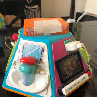 トイザラス(トイザらス)の赤ちゃんやり放題(知育玩具)