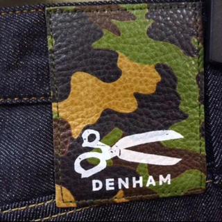 デンハム(DENHAM)のDENHAM カモ パッチ デニム w36(デニム/ジーンズ)