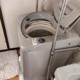 洗濯機、乾燥機、銀ラック