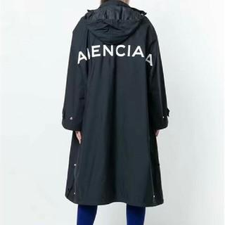 バレンシアガ(Balenciaga)のBalenciaga レインコート コート レインウェア 雨具 logo(レインコート)