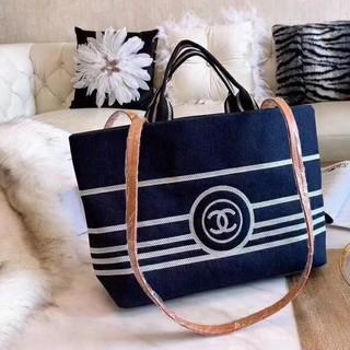 シャネル(CHANEL)のCHANELカジュアルバッグ新しい買い物袋(エコバッグ)