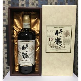 ニッカウイスキー(ニッカウヰスキー)の竹鶴17年、化粧箱付き(ウイスキー)
