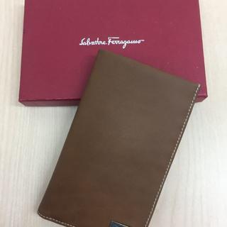 サルヴァトーレフェラガモ(Salvatore Ferragamo)の【新品】フェラガモ カードケース 長財布(長財布)