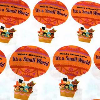 ディズニー(Disney)のスモールワールド気球柄 生地(生地/糸)