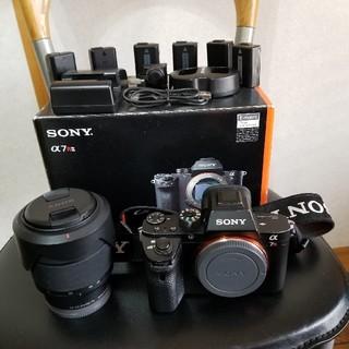 ソニー(SONY)のSONY α7RII + レンズとバッテリー6本(ミラーレス一眼)