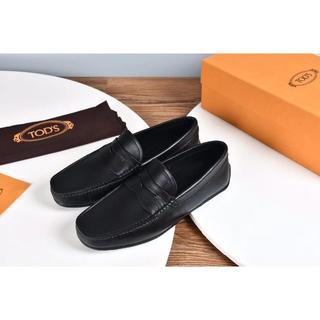 トッズ(TOD'S)の人気品 TODS  靴 ドレス サイズ42 黒い(ドレス/ビジネス)