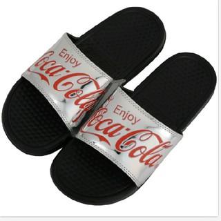 コカコーラ(コカ・コーラ)の送料無料 新品 コカ・コーラ ベナッシ 26~27センチ 送料込み シルバー(サンダル)