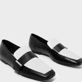 チャールズアンドキース(Charles and Keith)のクラシックローファー (ローファー/革靴)
