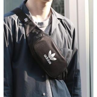 アディダス(adidas)の黒   ボディバッグ  ウエストバッグ(ボディバッグ/ウエストポーチ)