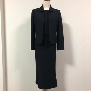 ソワール(SOIR)のマーガレット ブラックフォーマル スーツ 7号 冠婚葬祭 卒業式 ママスーツ(礼服/喪服)