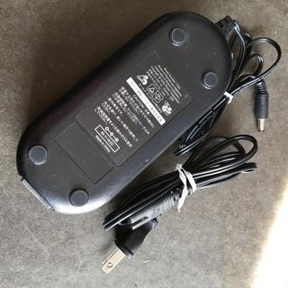 アイロボット(iRobot)のiRobot ルンバ用 ACアダプター 17063 送料無料(掃除機)