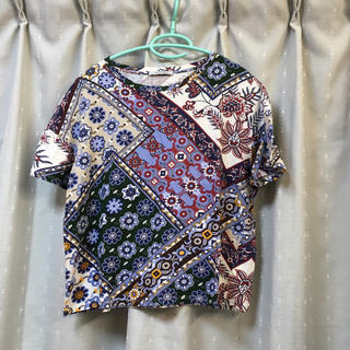 ザラ(ZARA)のTシャツ zara(Tシャツ(半袖/袖なし))